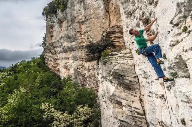 SCARPA经典攀岩鞋升级——Vapor V-1