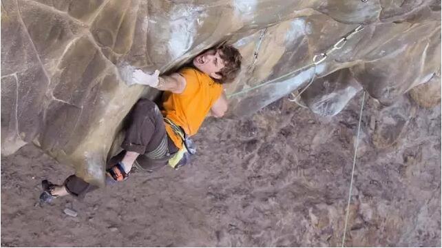 任何人都可以攀岩 —— 攀岩选手Matthew Philips访谈-4