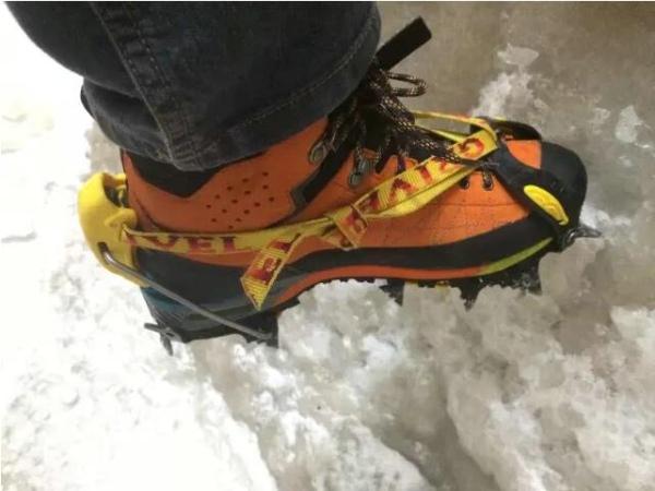 冬夏通用的多用途登山靴 —— 星座技术版 GTX 评测-2