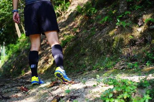 当热刀划过黄油:Scarpa 旋风Spin竞赛越野跑鞋体验-1