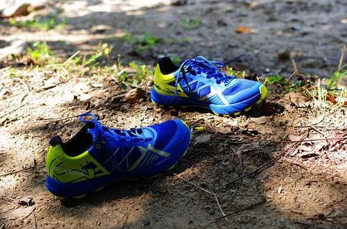 当热刀划过黄油:Scarpa 旋风Spin竞赛越野跑鞋体验-9